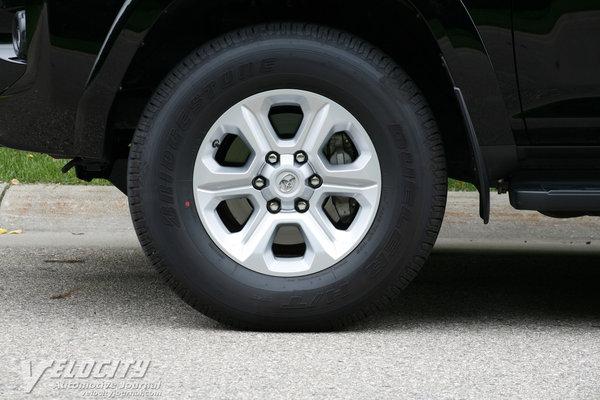 2014 Toyota 4Runner Wheel