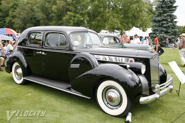 1940 Packard 180 sedan
