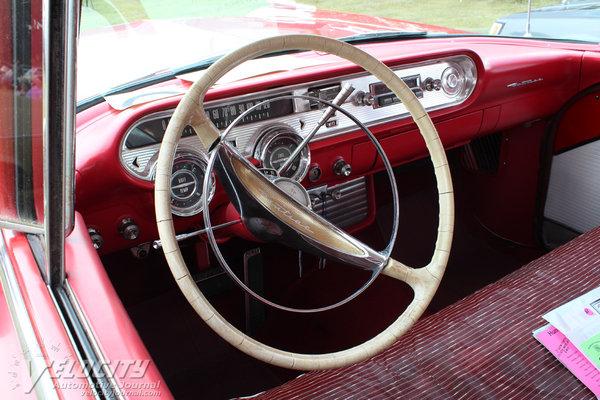 1957 Pontiac Super Chief Safari wagon Interior