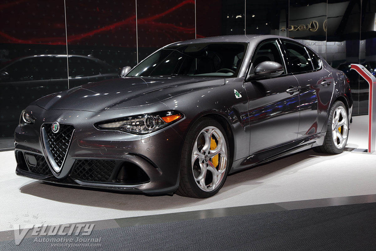 2017 alfa romeo giulia sedan interior and price best car reviews 2017 2018 best cars reviews. Black Bedroom Furniture Sets. Home Design Ideas