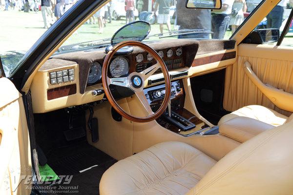 1974 De Tomaso Longchamp Interior