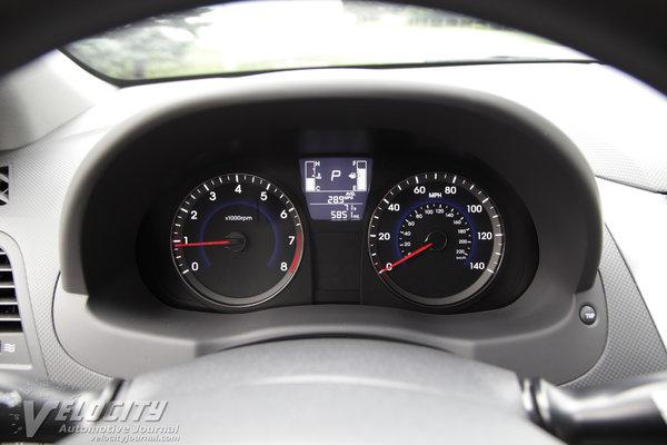 2015 Hyundai Accent GLS Instrumentation