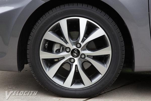 2015 Hyundai Accent GLS Wheel