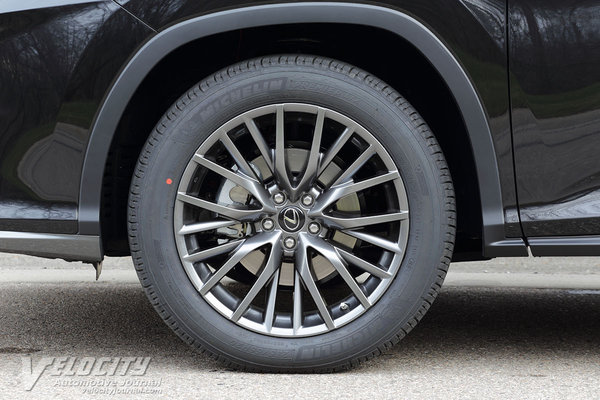 2016 Lexus RX450h Wheel