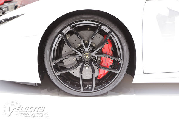 2016 Lamborghini Huracan Spyder Wheel