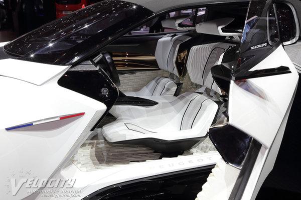 2015 Peugeot Fractal Interior