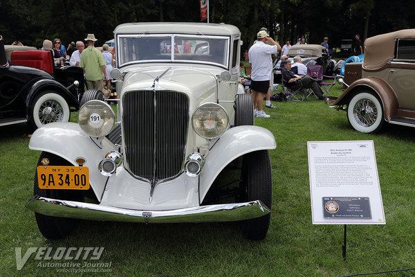 1933 Auburn 8-105 Sedan