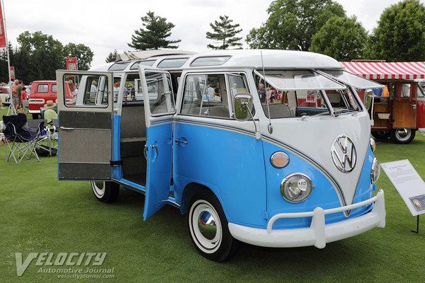 1967 Volkswagen Type 2 Samba Deluxe