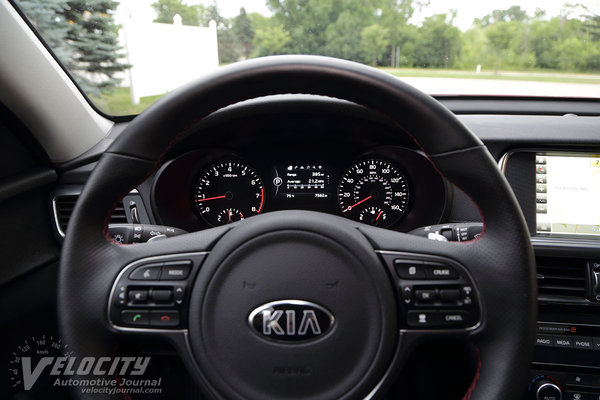 2016 Kia Optima SX Instrumentation