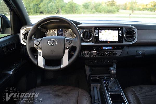 2016 Toyota Tacoma Double Cab Instrumentation
