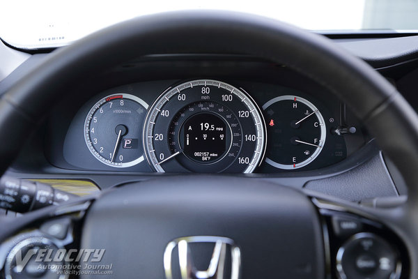 2017 Honda Accord Touring V6 Instrumentation