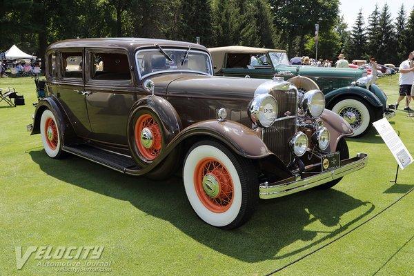 1932 Lincoln KA Town Sedan