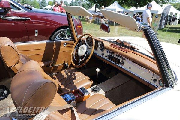 1964 Mercedes-Benz 230SL Interior