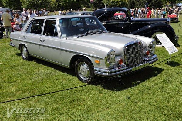 1972 Mercedes-Benz 280SEL Sedan