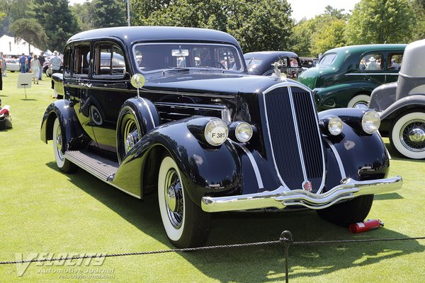 1936 Pierce-Arrow 1601 Sedan