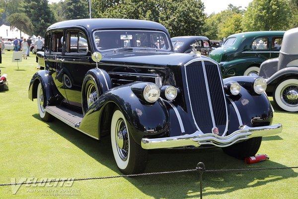 1936 Pierce-Arrow 1601 Sedan