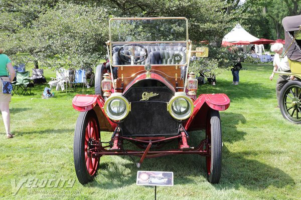 1911 Cadillac Model 30 touring car