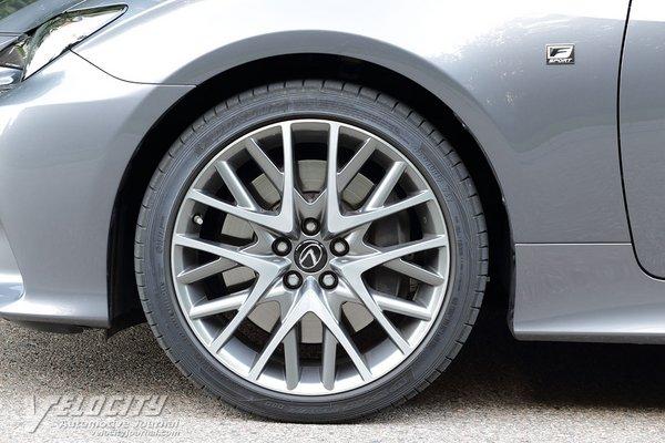 2017 Lexus RC Wheel