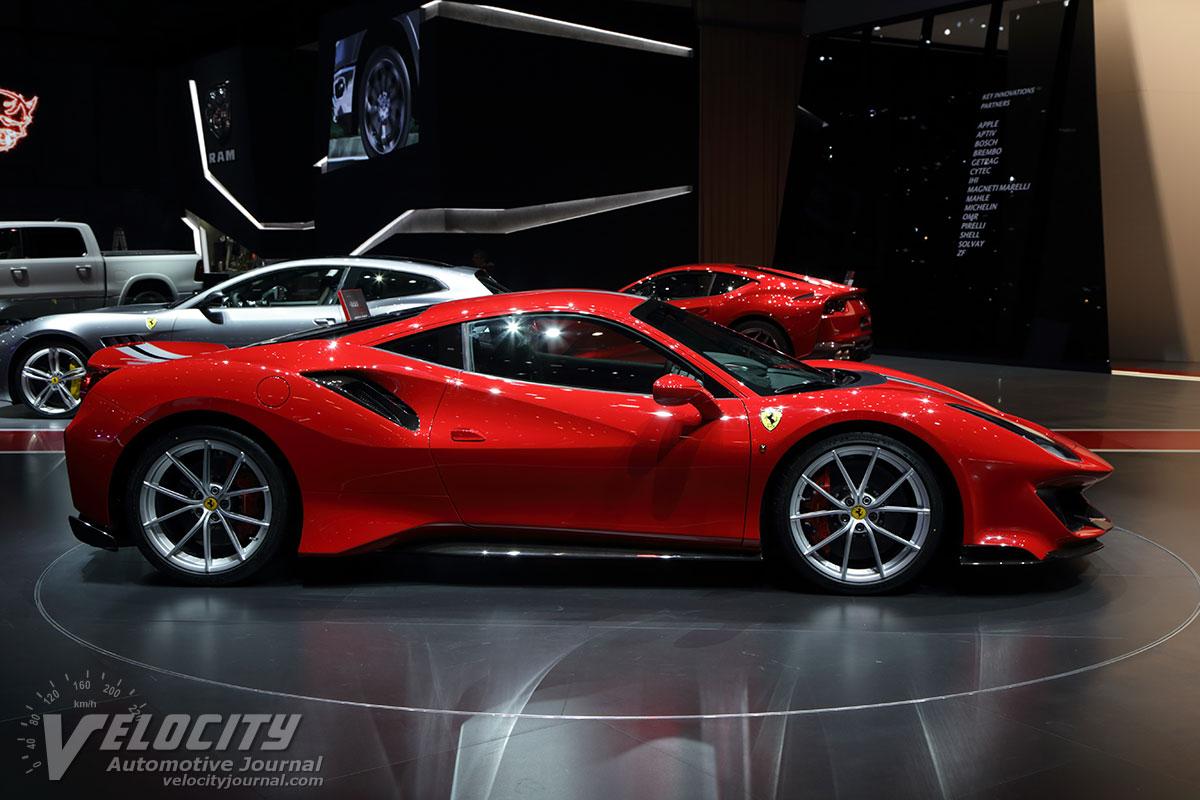 2019 Ferrari 488 Pista pictures