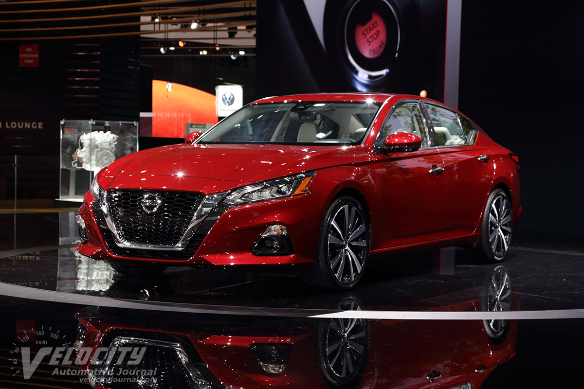 2019 nissan altima pictures