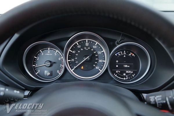 2018 Mazda CX-5 Instrumentation