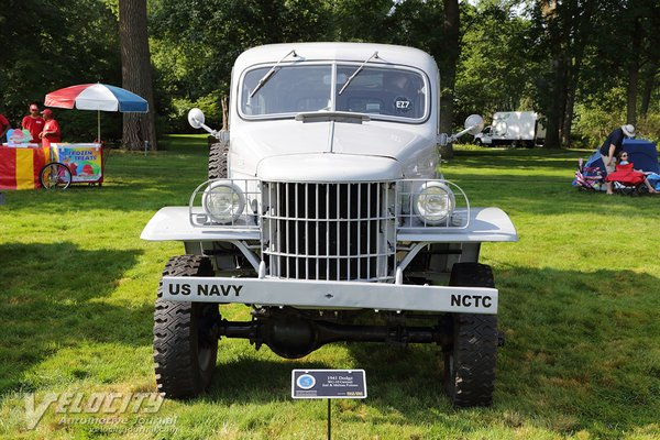 1941 Dodge WC-10 Carryall