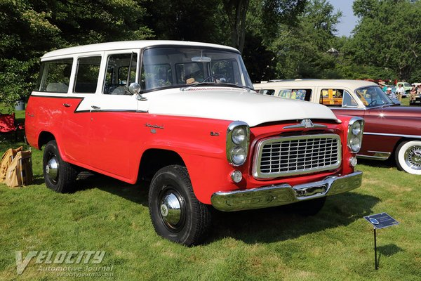 1959 International B-120 Travelall