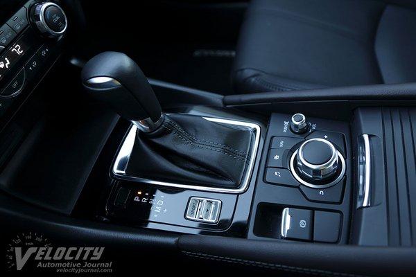 2018 Mazda Mazda3 Grand Touring 5d Instrumentation