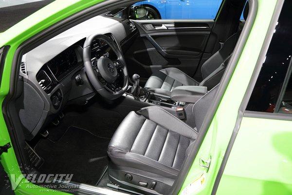 2019 Volkswagen Golf R 5d Interior