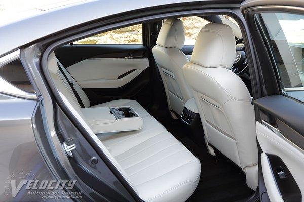 2018 Mazda Mazda6 Signature Interior