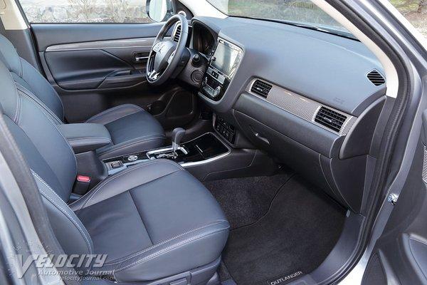 2019 Mitsubishi Outlander SEL Interior