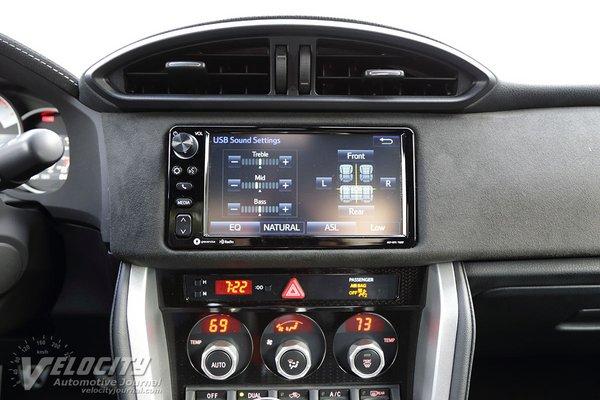 2019 Toyota 86 Instrumentation