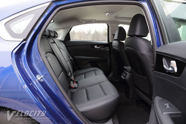 2019 Kia Forte EX Interior