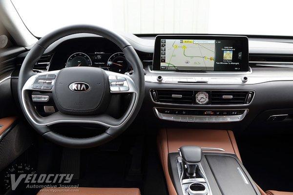 2019 Kia K900 Instrumentation
