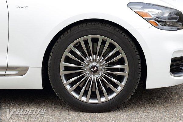2019 Kia K900 Wheel