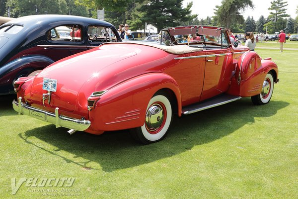 1939 Cadillac Series 90 Convertible Coupe