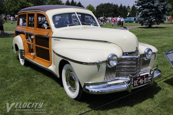 1941 Oldsmobile Series 60 4d wagon