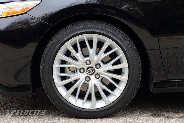 2019 Toyota Camry XLE Wheel