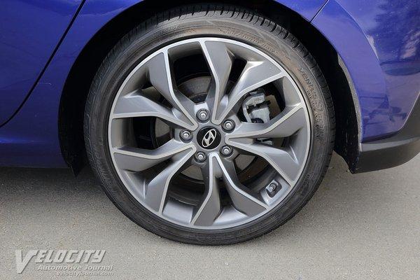 2019 Hyundai Elantra GT N-Line Wheel