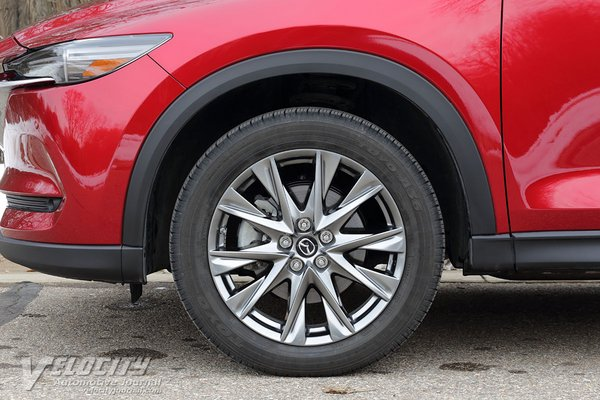 2019 Mazda CX-5 Signature Wheel