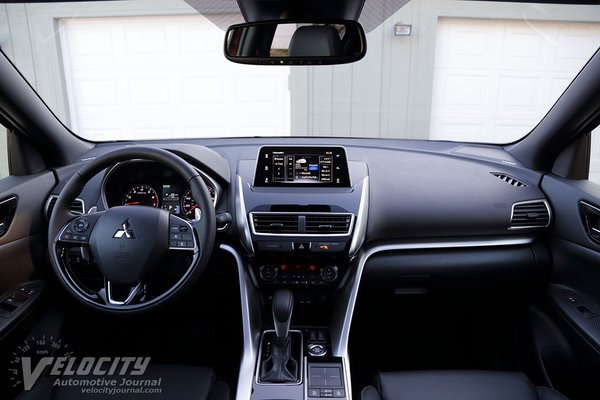2020 Mitsubishi Eclipse Cross SEL Interior