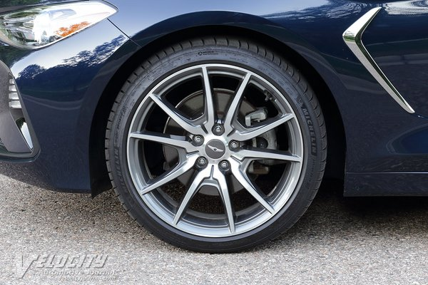 2020 Genesis G70 2.0T Prestige RWD Wheel