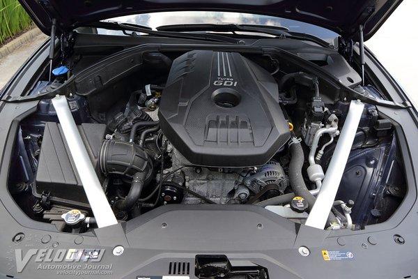 2020 Genesis G70 2.0T Prestige RWD Engine