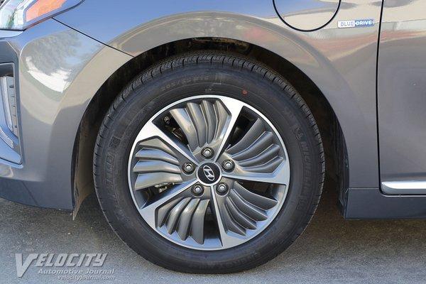 2020 Hyundai Ioniq PHEV Wheel