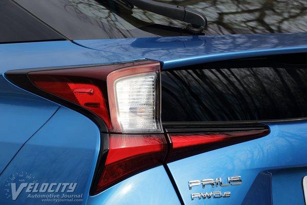 2020 Toyota Prius XLE AWDe