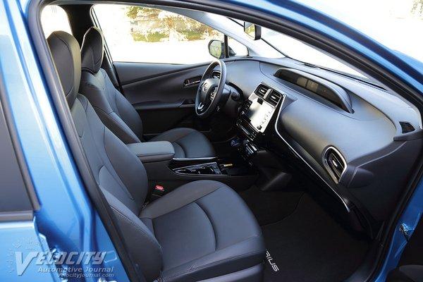 2020 Toyota Prius XLE AWDe Interior