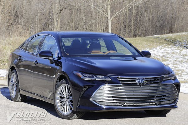 2021 Toyota Avalon XSE Nightshade Edition