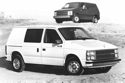 1985 Dodge Mini Ram Van