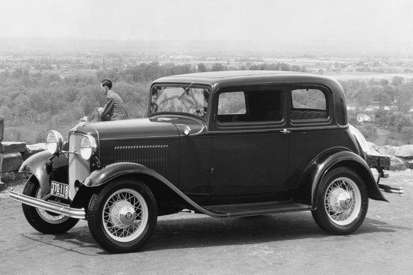 1932 Ford Model B Victoria 2d