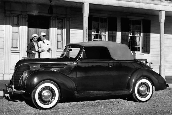 1938 Ford Model 81A convertible club coupe